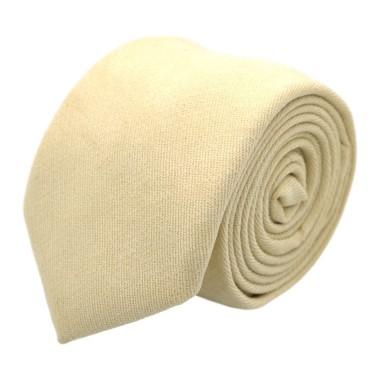 Cravate en velours côtelé (fines côtes). Blanc Cassé