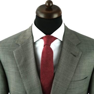 Cravate en velours côtelé (fines côtes). Bordeaux