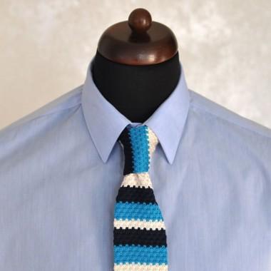 Cravate Tricot Noire, Beige et Turquoise. Bout carré.