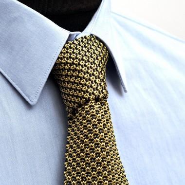 Cravate Tricot vintage quadrillée. Bleu marine