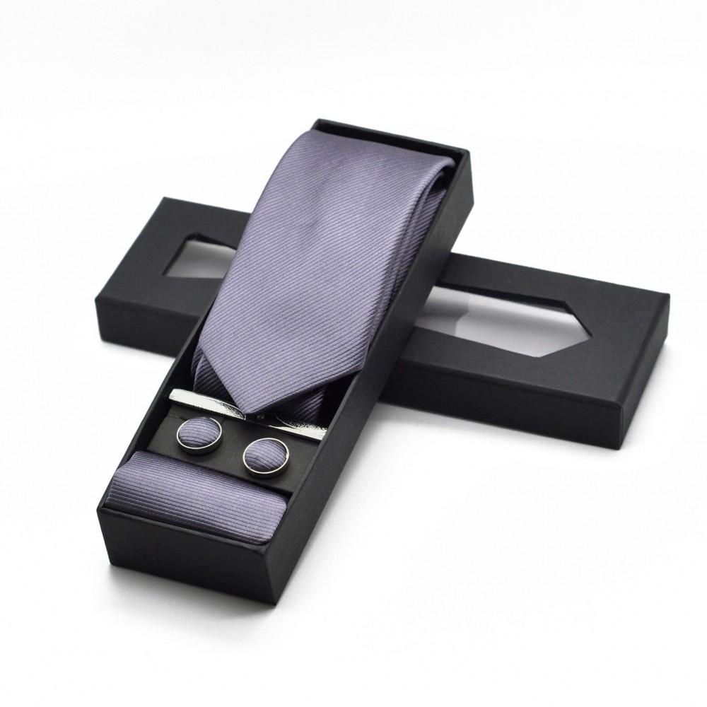 Coffret cravate, pochette, boutons de manchette et pince à cravate assortis. Gris anthracite