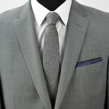 Pochette de costume. Bleu marine uni, en soie.