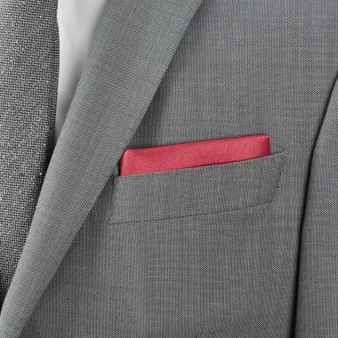 Pochette de costume. Bordeaux uni, en soie.