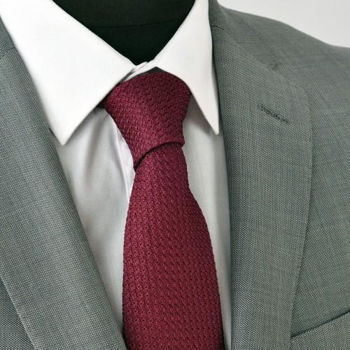 Cravate en Grenadine de Soie 'grosso'. Bordeaux