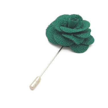 Broche Verte pour boutonnière de costume homme.