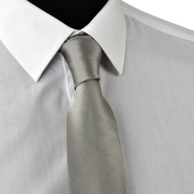 Cravate Enfant Grise à rayures roses.