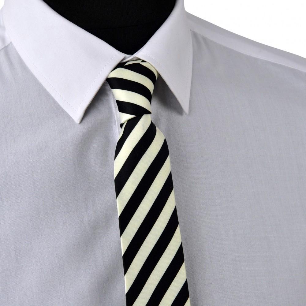 Cravate Enfant Noire et Blanc à grandes rayures.