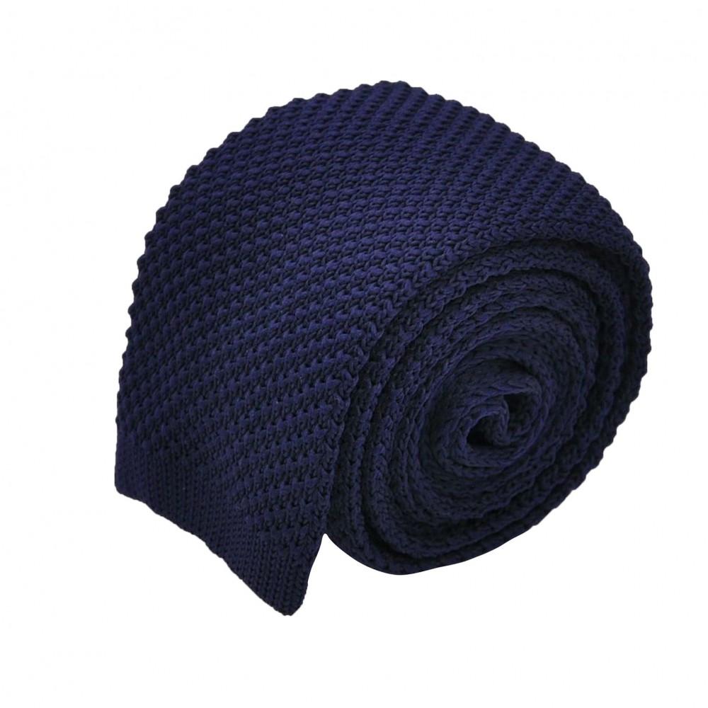 d415f397cb38f Cravate tricot pour homme. Bleu Marine. Slim et bout carré.