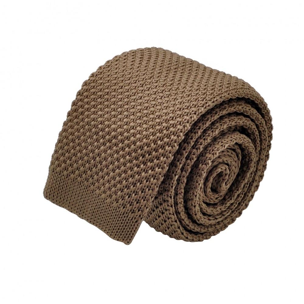 Cravate tricot pour homme. Marron Tabac uni. Slim et bout carré.
