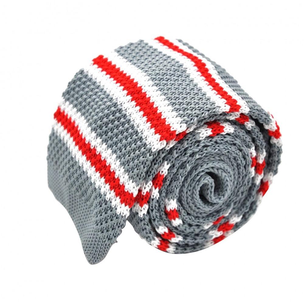 Cravate Tricot Grise à rayures blanches et rouges. Bout carré.