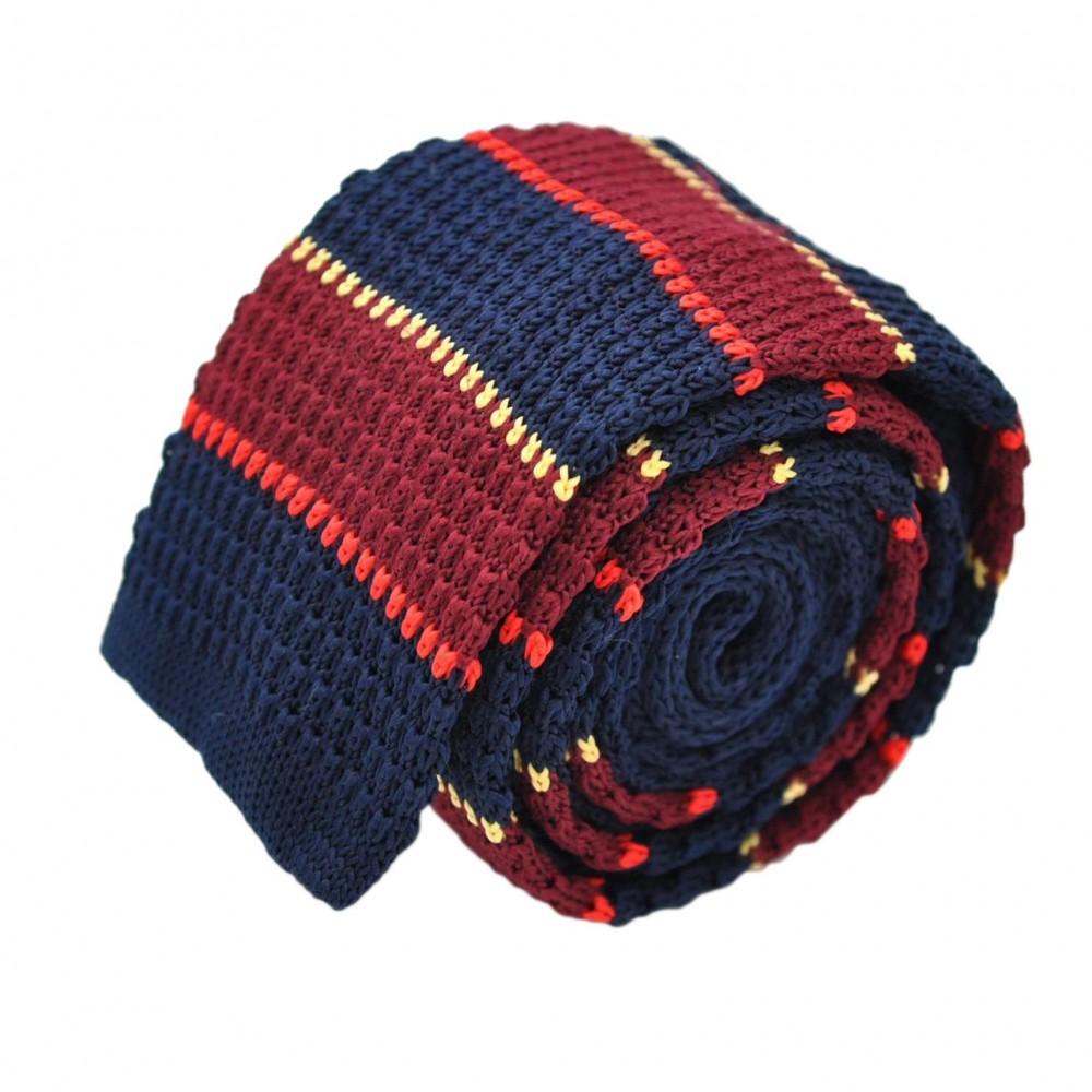 Cravate Tricot Marine et Bordeaux à rayures beiges et rouges. Bout carré.