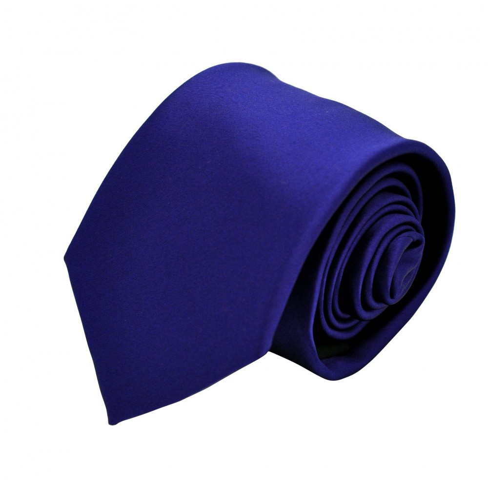 Cravate Attora. Bleu marine uni. 100% soie