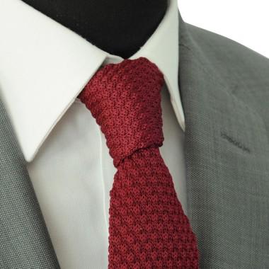 Cravate tricot pour homme. Bordeaux uni. Grosse maille.