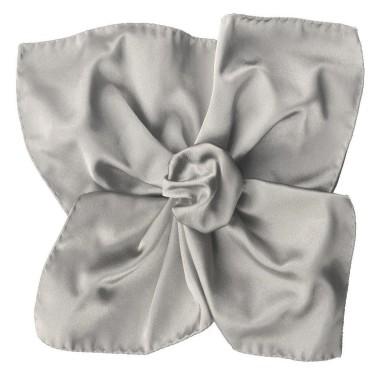 Pochette de costume en satin Gris argent