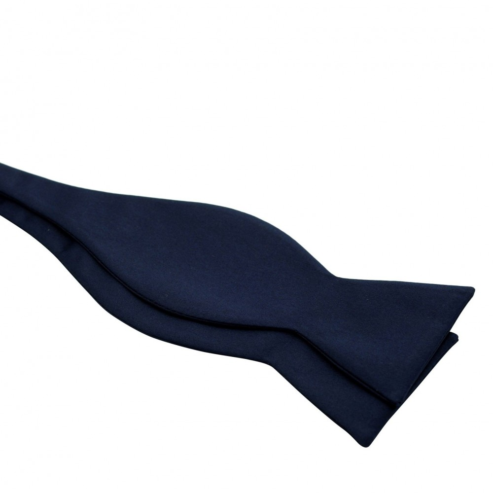 Noeud papillon homme à nouer. Bleu foncé