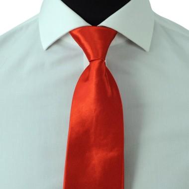 Cravate Enfant Rouge uni. Pomme Carré