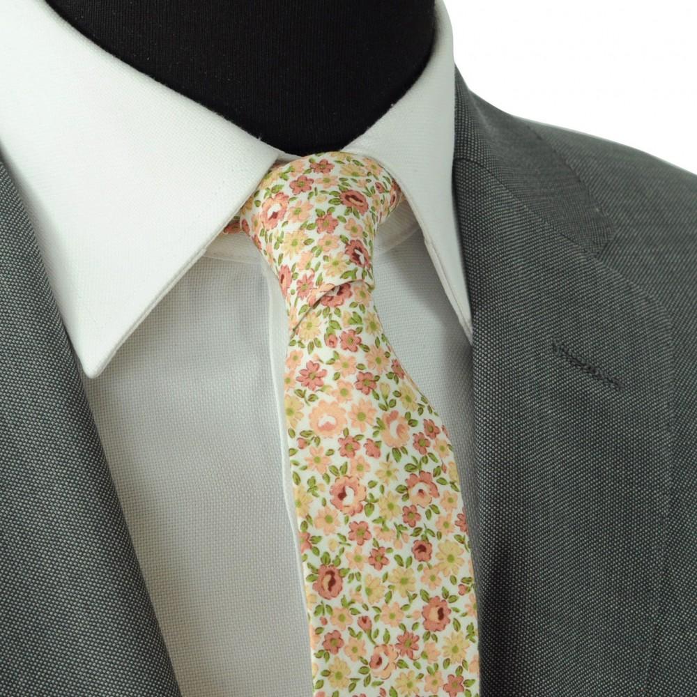 b8c777e66cd43 Cravate Liberty homme Coton-Lin. Petites fleurs saumon (1461)