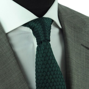 Cravate tricot homme. Vert bouteille grosse maille uni