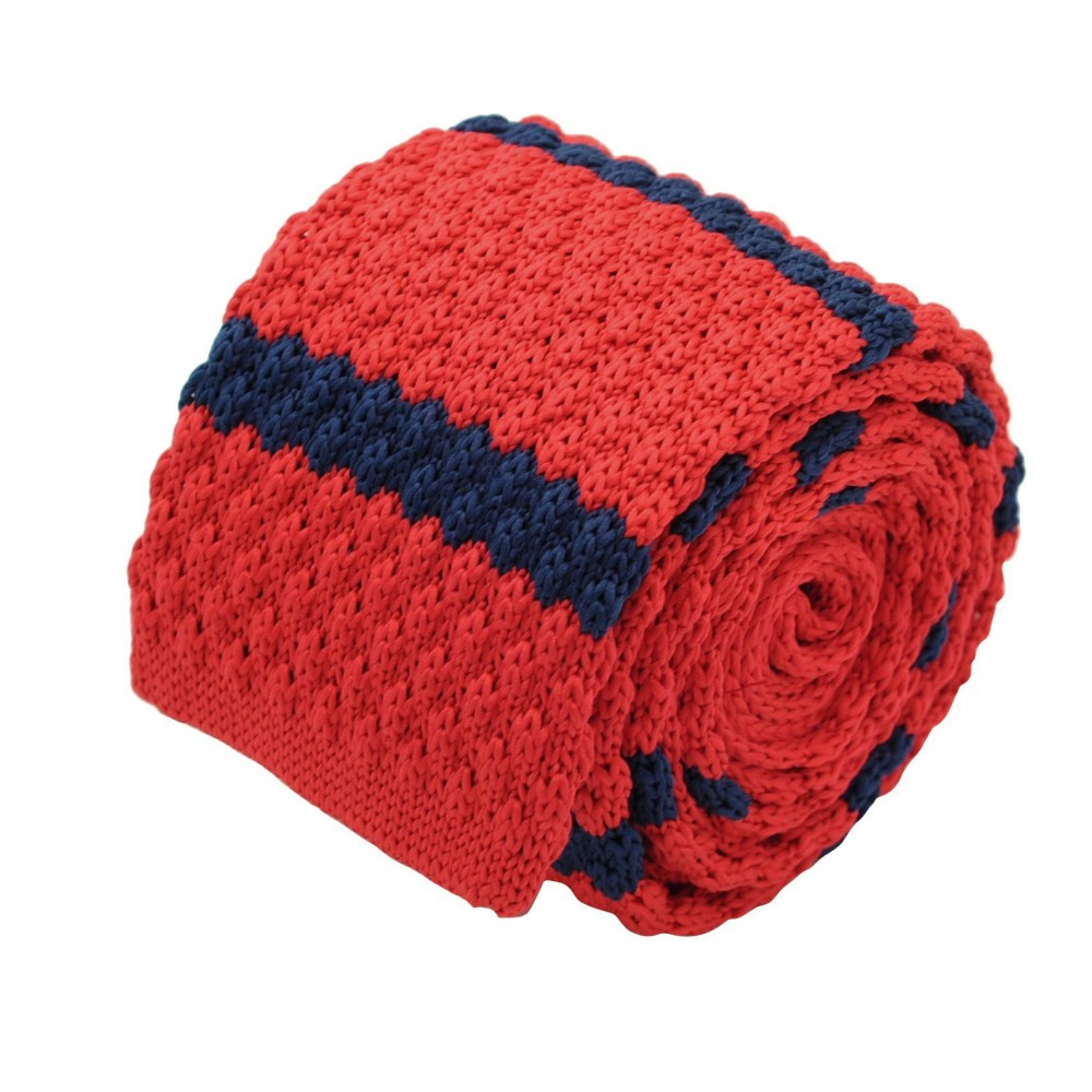 Cravate tricot homme. Rouge à rayures marine. Grosse maille