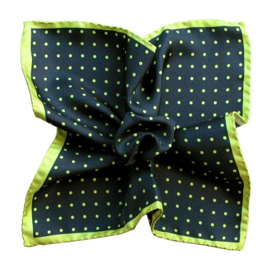 Pochette de costume made in Italie. Marine à pois verts